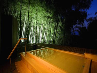 400×300露天風呂 かぐやの湯.jpg
